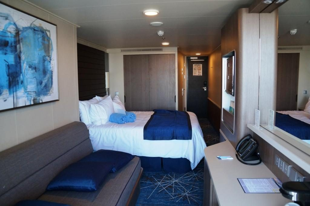 Norwegian Bliss Mini Suite 10806 Blick in die Suite