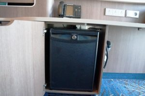 Norwegian Bliss Mini Suite 10806 Minibar