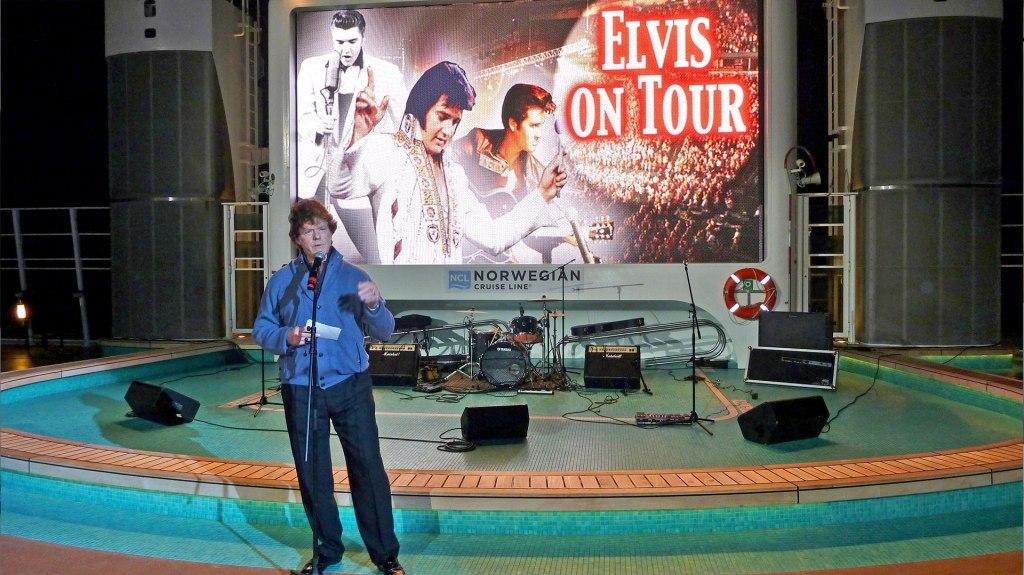 elvis on tour auf der Norwegian Epic