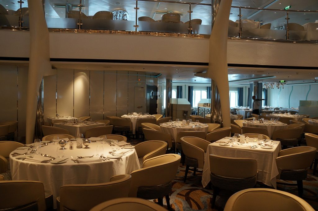 Celebrity Eclipse Hauptrestaurant Moonlight Sonata