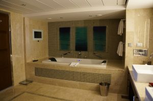 Celebrity Eclipse Penthouse Suite 1611 Bad