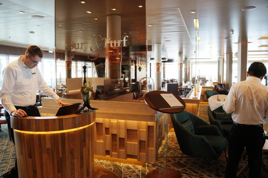 Mein Schiff 1 Surf and Turf