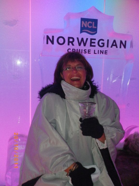 Norwegian Epic Ice Bar und Norwegian Breakaway Ice Bar