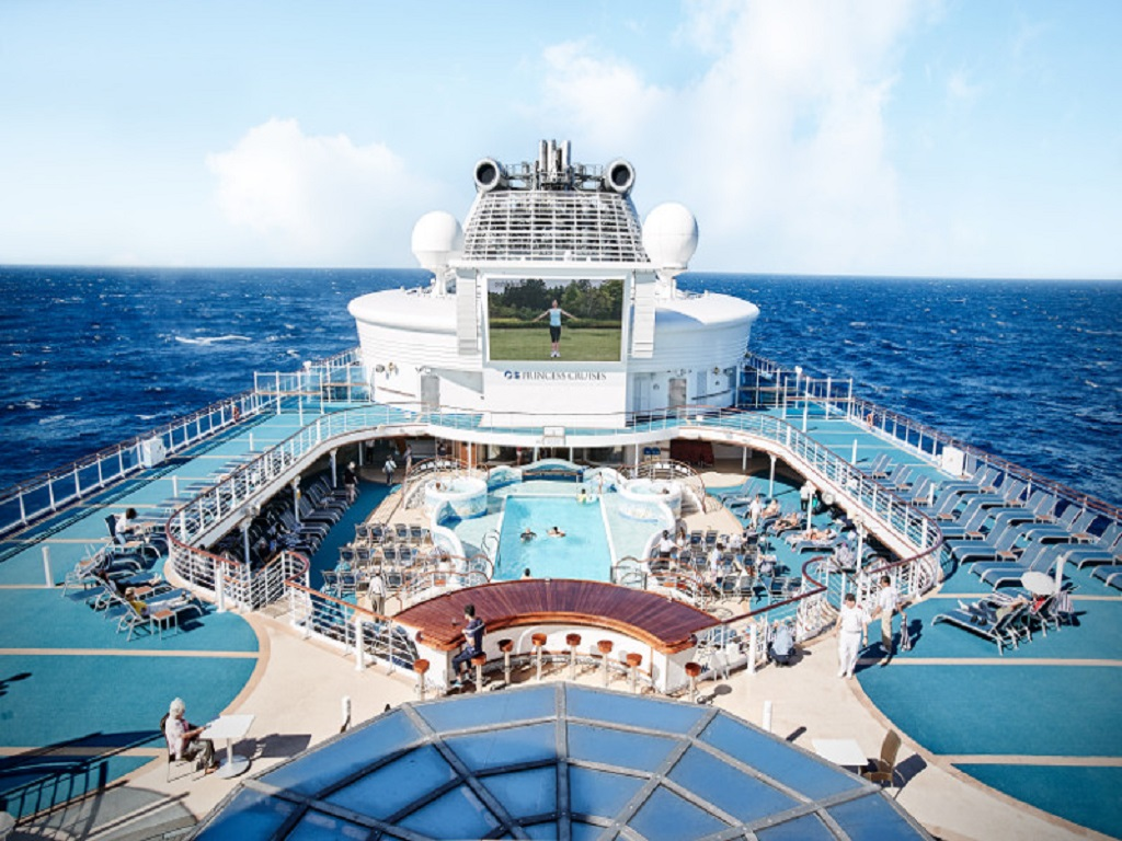 Grand Princess Neptunes Pool
