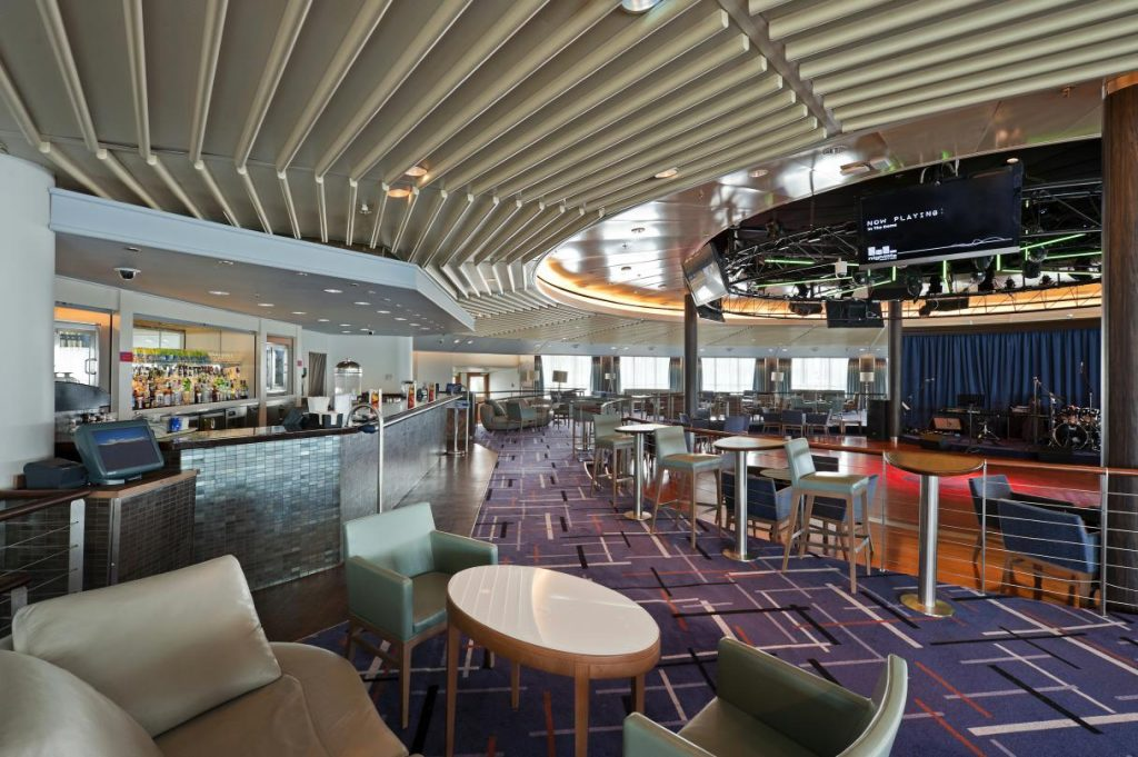 Cruise & Maritime Voyages MS Columbus The Dome Nachtclub Deck 14
