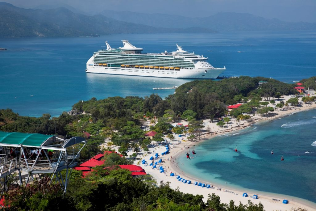 "Zumba Kreuzfahrt Royal Caribbean International"" Aerial Labadee - Haiti Navigator of the Seas - Royal Caribbean International"