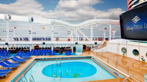 disney cruise fantasy donalds pool