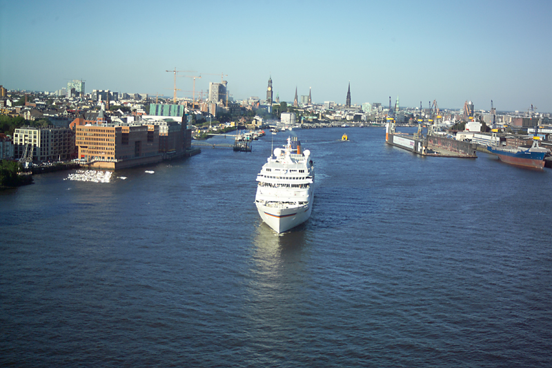 Hamburg Cruise Center hamburger hafen